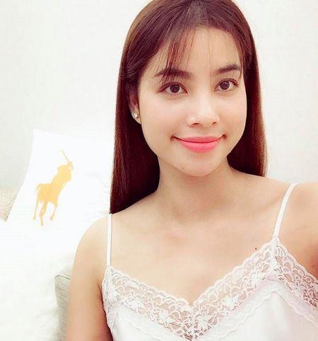 Elly Tran, Thuy Tien hut ngan anh mat voi vay ngu mong manh - Anh 6