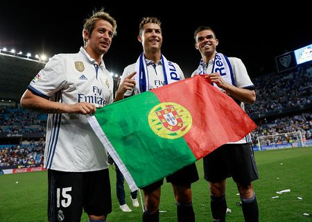 Chat dut vay canh, Real quyet co lap Ronaldo? - Anh 1