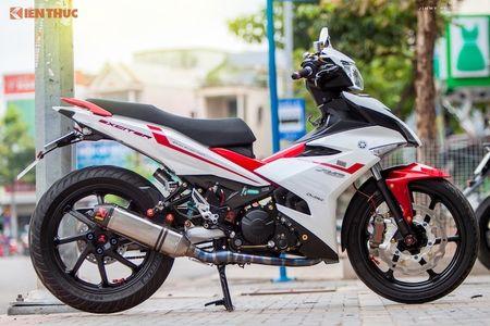 Yamaha Exciter 'do chan dai' Honda NSR150 o Sai Gon - Anh 10