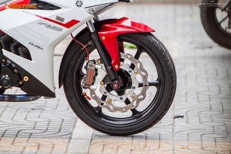 Yamaha Exciter 'do chan dai' Honda NSR150 o Sai Gon - Anh 3