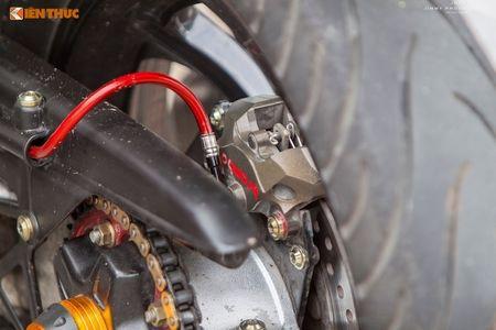 Yamaha Exciter 'do chan dai' Honda NSR150 o Sai Gon - Anh 8