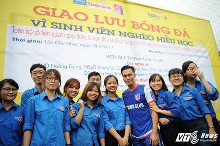 Phan Hai ghi ban, tap doan Phan Thi ung ho hoc sinh ngheo hon 50 trieu dong - Anh 14