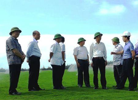 Bo quy hoach san golf: 'Chang chang con cat' Quang Binh se hoa… vang? - Anh 3