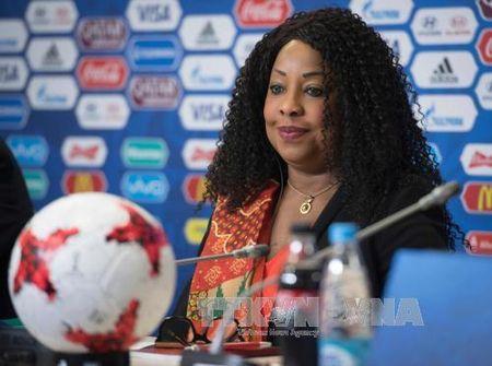 Confederations Cup 2017: Ap dung 'luat cung' voi CDV qua khich - Anh 1