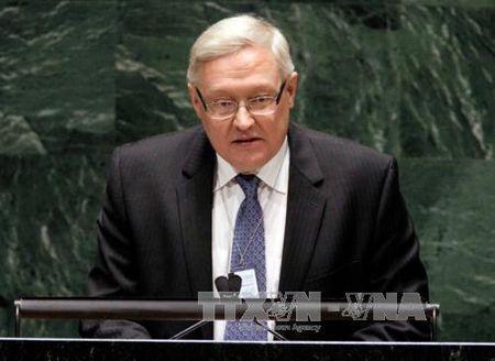 Nga: Ban ha may bay khong quan Syria la hanh dong 'xam luoc' va 'ho tro khung bo' - Anh 1