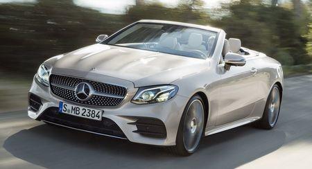 Mercedes-Benz E-Class Cabriolet co gia ban bao nhieu tai Duc? - Anh 1