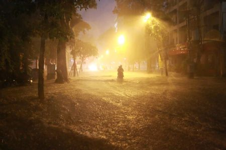 Mua to, Ha Noi lai 'that thu' trong bien nuoc - Anh 16