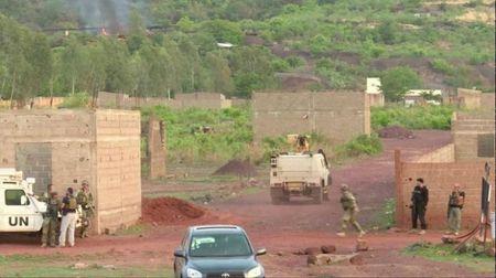 Mali: Xa sung va bat giu con tin o resort, 2 nguoi thiet mang - Anh 1