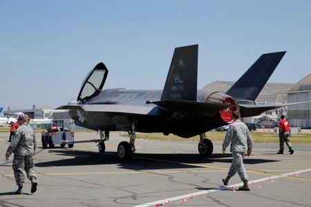 NONG: Lockheed Martin ban 440 tiem kich F-35 cho 11 quoc gia - Anh 3
