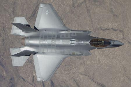 NONG: Lockheed Martin ban 440 tiem kich F-35 cho 11 quoc gia - Anh 7