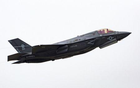 NONG: Lockheed Martin ban 440 tiem kich F-35 cho 11 quoc gia - Anh 8