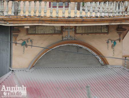 Ha Noi: 'Bao bui' mu mit tren duong vao cang Khuyen Luong - Anh 11