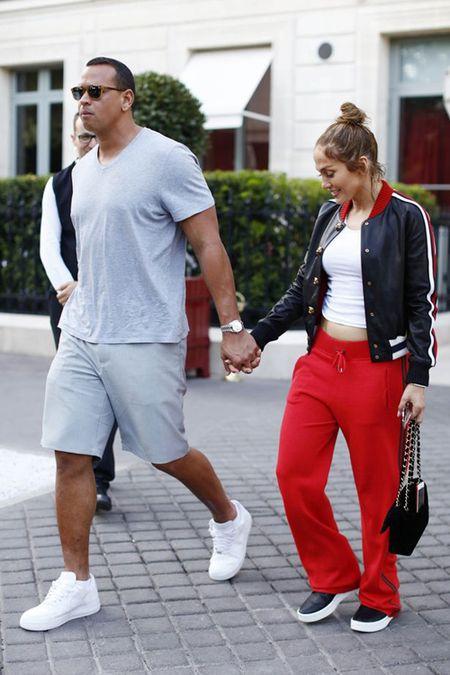Jennifer Lopez va nguoi tinh 'tron con', hen ho o Paris - Anh 10