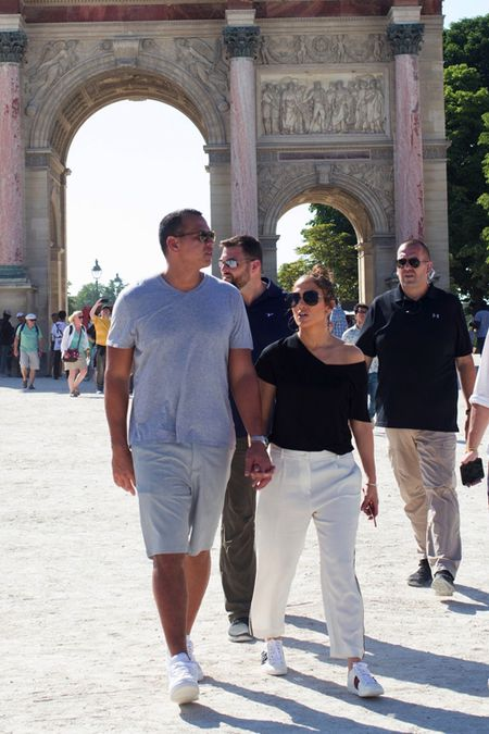 Jennifer Lopez va nguoi tinh 'tron con', hen ho o Paris - Anh 4