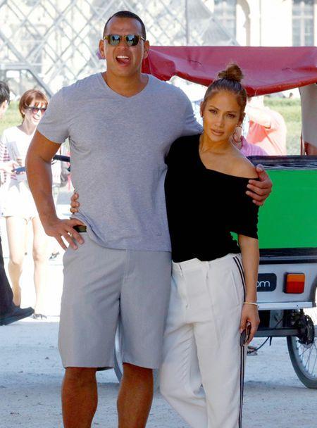 Jennifer Lopez va nguoi tinh 'tron con', hen ho o Paris - Anh 5