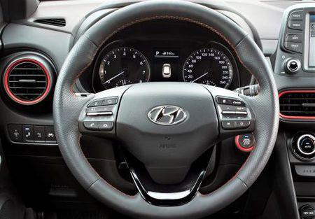 Can canh Hyundai Kona-doi thu moi cua Ford EcoSport sap ve Viet Nam - Anh 5