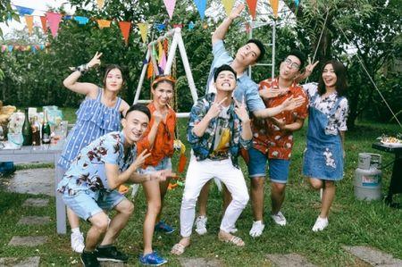 Hau The Voice, Noo Phuoc Thinh 'quay' het minh cung hoc tro trong MV ky niem - Anh 2
