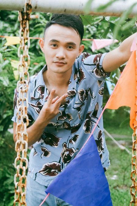 Hau The Voice, Noo Phuoc Thinh 'quay' het minh cung hoc tro trong MV ky niem - Anh 9