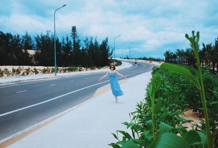 Theo chan dien vien Song chung voi me chong vi vu du lich Quy Nhon gia re - Anh 9
