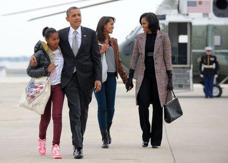 Ba Michelle Obama gui nhung loi co canh cho chong nhan ngay cua Cha - Anh 6