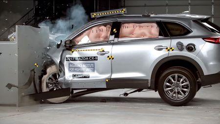 Mazda CX-9 moi la mot trong nhung mau xe an toan nhat - Anh 1