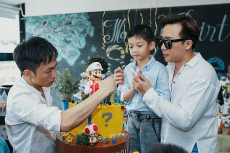 Cuong Dola - Ha Ho tai hop to chuc sinh nhat con trai - Anh 2