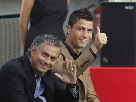 CHUYEN NHUONG 19/06: Ronaldo la uu tien so mot cua Man United, Mbappe da chon duoc ben do, Raiola chi trich Milan - Anh 1