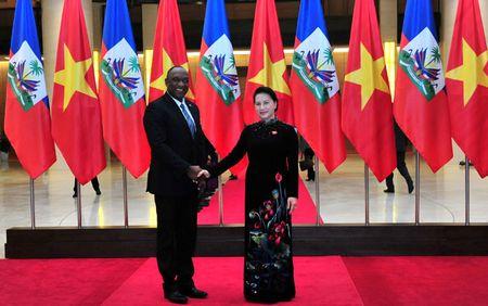 Chu tich Quoc hoi hoi dam voi Chu tich Thuong vien Cong hoa Haiti - Anh 1