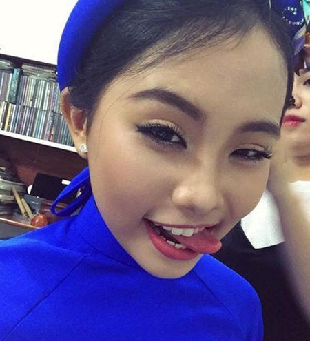 Phuong My Chi, Thien Nhan cung 14 tuoi: Ke bi che chin ep, nguoi duoc khen - Anh 8