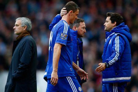 So thanh nguoi thua o Chelsea, Matic da san sang tai hop Mourinho tai MU - Anh 2