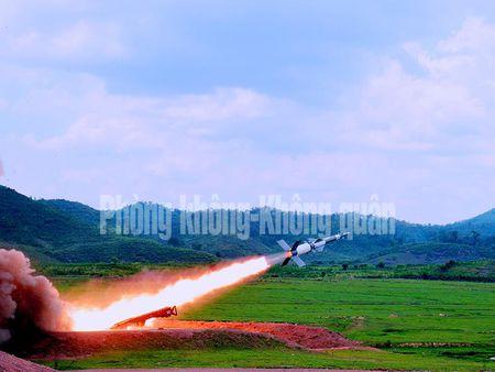 Gioi: Viet Nam tu nang cap 12 to hop ten lua phong khong - Anh 6