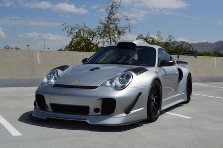 Sieu xe Porsche 911 GT2 do 'sieu khung' gia 6,8 ty - Anh 2