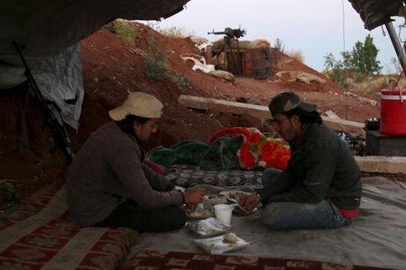 Can canh bua an cua nguoi dan Syria-Iraq trong thang Ramadan - Anh 7
