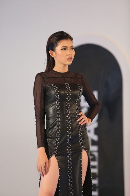 The Face: Team Hoang Thuy thua tran, phai loai Thieu Lan - Anh 6