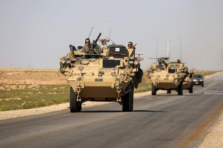 My ban ha may bay khong quan Syria: Buoc leo thang chua co tien le - Anh 1