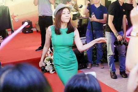 Phan Anh, Xuan Bac khoe 'duong cong' phu hoa cho Thu Minh - Anh 6