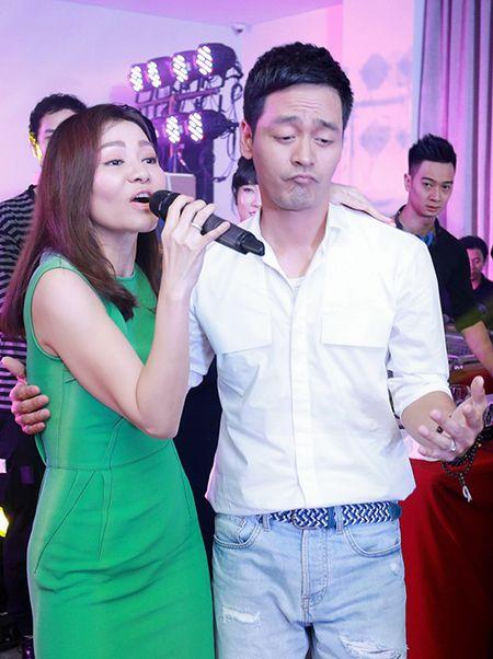 Phan Anh, Xuan Bac khoe 'duong cong' phu hoa cho Thu Minh - Anh 8