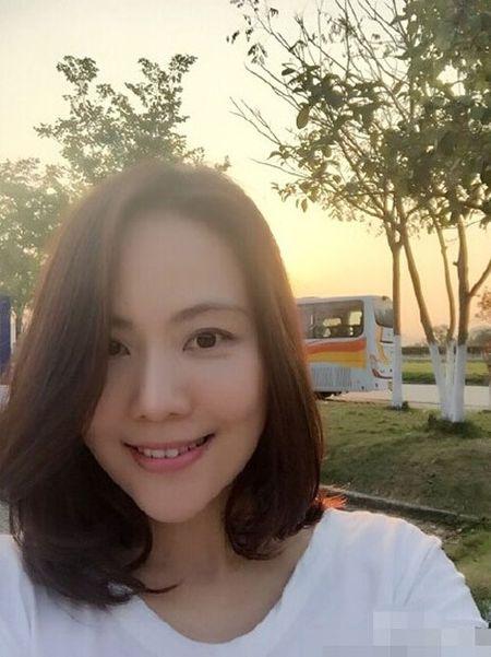 Du o do tuoi U40, 'Co gai giang ho' Lieu Hong trong 'Hoan Chau Cach Cach' van so huu than hinh boc lua - Anh 6