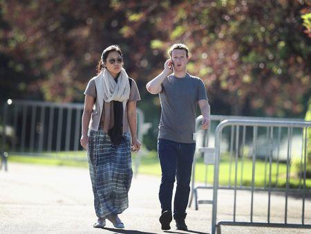 Mot ngay lam viec cua Mark Zuckerberg: Can bang cong viec va cuoc song - Anh 1
