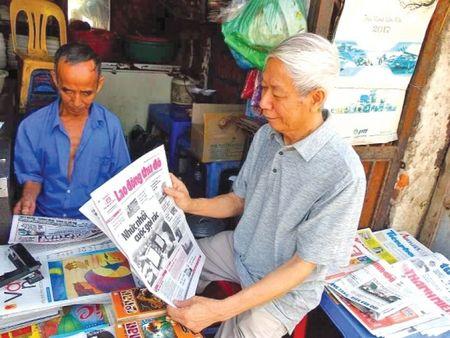 Bao Lao dong Thu do voi chung toi thoi ay - Anh 1