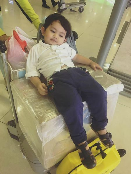 Dan Truong khoe con trai bu bam, Ha Tang noi bat voi vay do - Anh 5