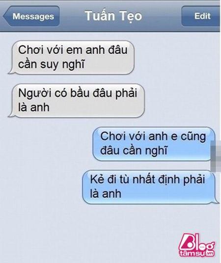 Dang lam bong vo nhan tin 'Chong oi, em co bau voi anh Minh roi! - Anh 4