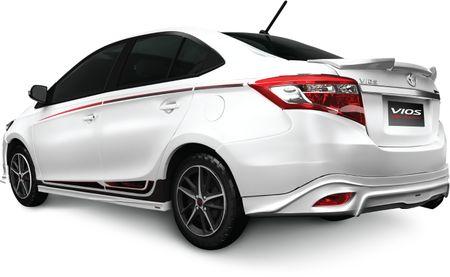 Toyota Vios phien ban the thao chot gia 644 trieu dong - Anh 2