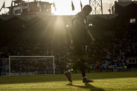 Chu tich Real Madrid: 'Muc gia pha vo hop dong cua Ronaldo la 1 ti bang' - Anh 1