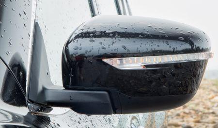 Danh gia Nissan X-Trail: Chay dua ve gia va cong nghe an toan - Anh 7