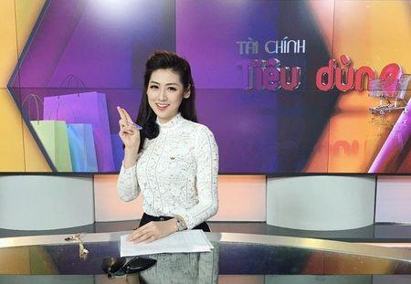 A hau Tu Anh: 'Nghe bao can dau oc hon sac dep' - Anh 2