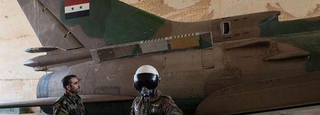 Syria giai cuu Dai ta phi cong lai Su-22 bi ban roi o Raqqa - Anh 2
