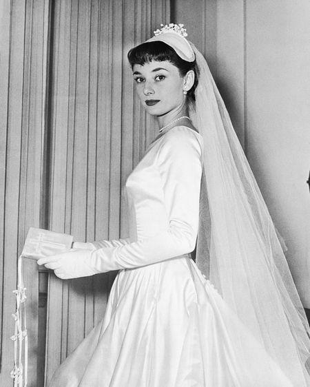 Lich su tinh truong voi sau nguoi dan ong cua Audrey Hepburn - Anh 2