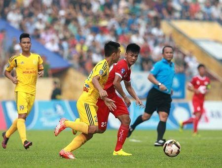 Chum anh: San Thien Truong ruc lua ngay Nam Dinh len V-League - Anh 3