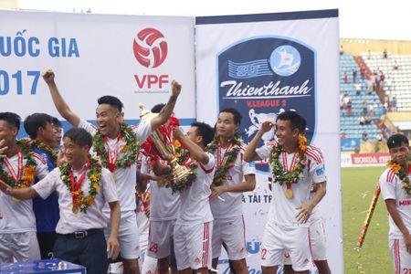 Chum anh: San Thien Truong ruc lua ngay Nam Dinh len V-League - Anh 9